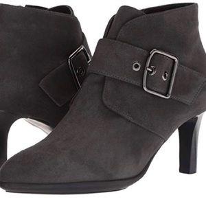 Aquatalia Gray Suede Deena Boots Size 8 EUC